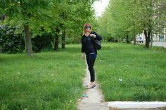 Faleza verde / Green Danube promenade | Fashion without borders Without Borders, Green, Fashion, Moda, Fashion Styles, Fashion Illustrations