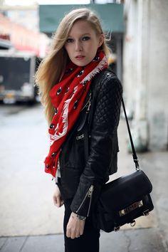 Kenzo eye scarf - Fashion Squad