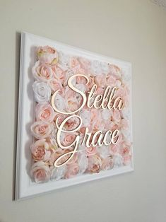 Mothers Day Gifts Diy Discover Baby Name Sign Floral Wall Floral Nursery Name Sign Floral Letter Name Sign Elegant NurseryFlower Frame Nursery Art Flower Frame Floral Letters, Floral Wall, Schönheitssalon Design, Baby Room Decor, Nursery Decor, Baby Name Signs, Names Baby, Girl Names, Rosen Box