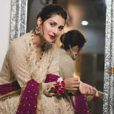 Contact us for shout-outs promotions PR and collaboration . Pakistani Girl, Pakistani Bridal Dresses, Pakistani Actress, Pakistani Outfits, Ayeza Khan Wedding, Stylish Dress Designs, Viral Trend, Stylish Girl Pic, Bride Look