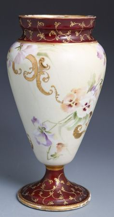 WILLIAM GUERIN & CO LIMOGES HAND PAINTED VASE : Lot 47194