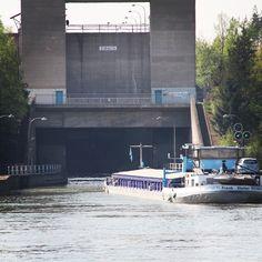 Schleuse Eibach #Schleuse #nürnberg #kanal #eibach #binnenschiff #ship #shiplock #cargoship #frankdieter #binnenschifffahrt #binnenvaart