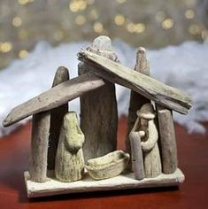 Driftwood Nativity for your Beach Theme Christmas Tandy!