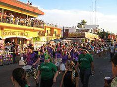 Oferta de puestos para el Carnaval La Paz 2013.