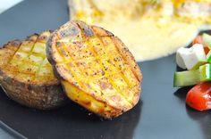 Disse lækre krydrede kartofler er super nemme at lave og fantastiske som tilbehør til masser af retter. Hos Mambeno får du også madplaner til hele familien.