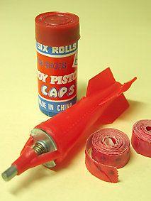 巻玉火薬といえば、このロケットのような「ジャンプ弾」で...