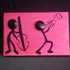 #tasboyama #pebblepainting #pebbleart #sassidipinti #rockart #rockpainted #art #artofstone #paintedrocks #colorful #handmade #hechoamano #handcrafted #manualidades #music #musica #stonepaiting #paintingstone