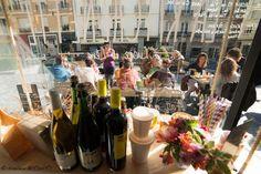 Restaurant La Kitchenette à Rennes. Lucie et Lena vous invitent à venir vous régaler à toute heure de la journée, chez elles, sur un banc, sous un arbre… Faim de loup, appétit d'oiseau, bec salé ou sucré, c'est vous qui choisissez. Vite rendez-vous au 2 rue Jules Simon à Rennes (Bretagne). #yummy #rennes