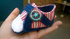 Tênis para bebê Capitão América