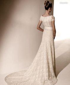 valentino wedding dress lace