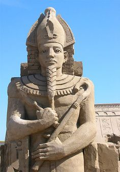 Egyptian pharaoh, Brighton Sand Sculpture Festival 2005 by steve.wilde, via Flickr