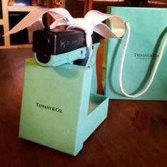 The true way to a woman's heart? A Tiffany Blue gun. <3