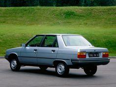 Renault 9.