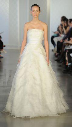 Strapless ballgown | Oscar de la Renta Spring 2017 | https://www.theknot.com/content/oscar-de-la-renta-wedding-dresses-bridal-fashion-week-spring-2017
