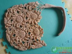 Crochet Sunflower bag. Pattern instructions in photos and a symbol chart.