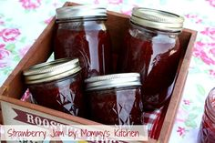 Mommy's Kitchen: Easy Strawberry Jam.
