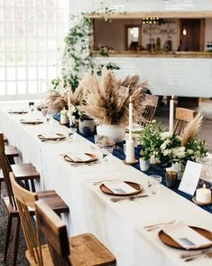 Get inspiration for decorating with this year's newest trend. Pampas grass is extremely trendy right now! We show you our ideas on how to decorate using Pampas Grass. Wedding Table Flowers, Wedding Table Settings, Wedding Table Centerpieces, Wedding Decorations, Table Decorations, Decor Wedding, Wedding Receptions, Wedding Ideas, Fall Table