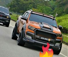 I genuinely prefer this colour for this Ford Ranger Raptor, Ford Raptor, Ford Pickup Trucks, Jeep Truck, Jeep Wk, Ford Ranger Wildtrak, Classic Car Insurance, Subaru Outback, Bmw Z4