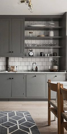 Beautiful living kitchen in grey - via Coco Lapine Design blog