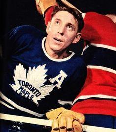 Max Bentley - Toronto Women's Hockey, Hockey Players, Baseball, Hockey Highlights, Maple Leafs Hockey, Toronto Maple Leafs, Rock Legends, Photo Hosting, Pilgrim