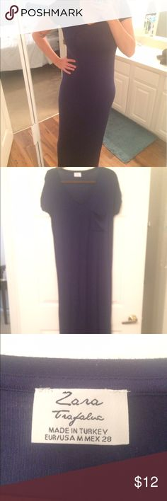 Zara Navy Maxi Dress Guys, this dress is SO comfy. The only thing is that it clings to the body meaning you have to wear a thong (not for me) so I'm selling it. Love the cute little frocket! Zara Dresses Maxi