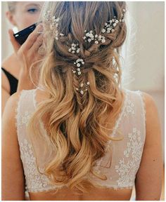 simple wedding hairstyles best photos - wedding hairstyles - cuteweddingideas.com #StylishBraidStyles #StylishBraid click now to see more...