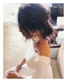 Kumiko SaekiさんはInstagramを利用しています:「アンニュー♡ wiz @ranjanakhan #hairmake #updo #weddingdress #ヘアメイク#シニヨン#アップスタイル」