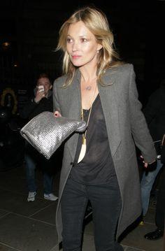 Kate Moss - oversize clutch
