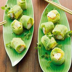 Salatröllchen mit Garnelen und Avocado