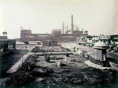 Samuel Bourne's photo of the Jama Masjid (Delhi) seen from Dariba Kalan in the 1860s