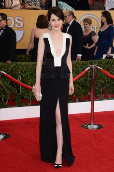 Michelle Dockery wore a J. Mendel gown with Gianvito Rossi heels.