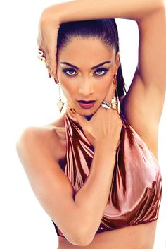 10a6485d0045 Nicole Scherzinger shows off her tiny waist as she sizzles in promo shots  for new single Boomerang