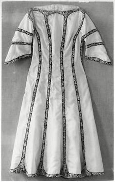 ¤ 1911 Wiener Werkstatte dress.