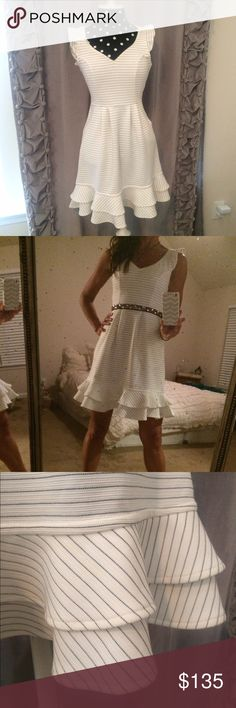 •ANTHROPOLOGIE• gorgeous and oh so flattering dress by maeve for anthropologie! worn once! this dress is a show-stopper! so elegant and playful all at once! gorgeous detailing and nice weight! side zip! just lovely! perfect like-new condition! Anthropologie Dresses