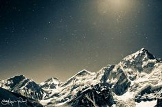 Everest at night Credit: Sam Hawley via Flickr/Licensed under CC BY 2.0 Mount Everest under the stars at night.