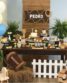 Fiesta de caballos Rodeo Party, Cowboy Theme Party, Horse Party, Farm Party, Horse Birthday Parties, Cowboy Birthday Party, Farm Birthday, Anniversaire Cow-boy, Cowboy Baby Shower