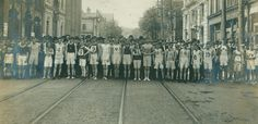 The Hamilton Herald sponsored the first Around the Bay Road Race in 1894. It attracted world-class runners from across North America. The race is still run today. This picture was taken by photographer Charles Cochran in 1910.