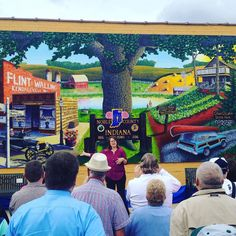 Tammy Luce introduces the bicentennial mural on the old town hall in Albion Indiana. #indiana #bicentennial #indianabicentennial #history #albion #albionindiana