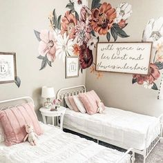 The cutest girls room ever! Use code PINTEREST for 20% off your order 📷: @aubreykinch #beddys #zipperbedding #zipyourbed #girlbedding #girlbed #beddysbeds #girlyroom #girlsroomdecor #girlsroom #girlsroominspo #girlsroominspiration #girlsroomdecoration #girlsroomstyling #girlystuff #bedding #beddings #homedecor #homedesign Shabby Chic Interiors, Shabby Chic Bedrooms, Shabby Chic Decor, Vintage Decor, Boho Decor, Girl Room, Girls Bedroom, Bedroom Ideas, Bedroom Designs