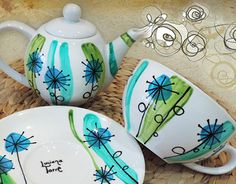 Ceramic hand painted by me. Hand Painted Pottery, Painted Mugs, Hand Built Pottery, Painted Plates, Pottery Painting, Ceramic Painting, Ceramic Mugs, Ceramic Bowls, Ceramic Pottery