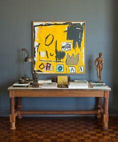 table & painting Exquisiterestraint - desire to inspire - desiretoinspire.net