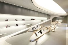 stuart weitzman milan flagship store by zaha hadid - designboom | architecture & design magazine