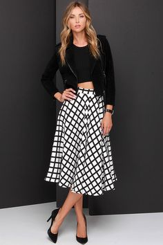 Grid and Wear It Black and Ivory Grid Print Midi Skirt at Lulus.com!