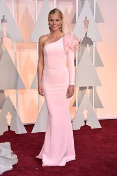 Gwyneth Paltrow Is Wearing Ralph & Russo on the Oscars 2015 Red Carpet