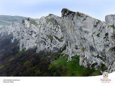 Base Jumping anyone? Sierra de Urbasa, in Navarra 1024sierra.jpg (1024×768)