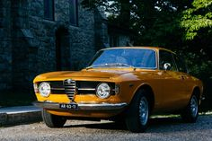 Classic Car News Pics And Videos From Around The World Alfa Gtv, Alfa Alfa, Alfa Romeo Gtv 2000, Alfa Romeo Giulia, Vw Fox, Old Lorries, Vintage Cars, Super Cars, Euro