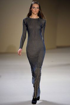 this is one of my favorite looks. the long fitted dress.