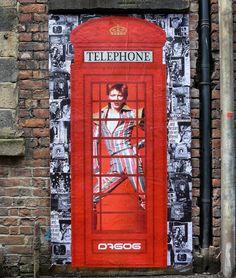 Tribute to David Bowie by @D7606art in Manchester UK (http://ift.tt/1sgaJZM) #globalstreetart by globalstreetart