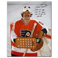 Bernie Parent, Philadelphia Flyers Only God saves more then Bernie! Flyers Hockey, Ice Hockey Teams, Hockey Goalie, Hockey Stuff, Philadelphia Flyers, Bernie Parent, Nfl Highlights, Philly Style, Hockey World