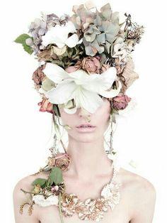 Cre: pin Hide eyes behind flower